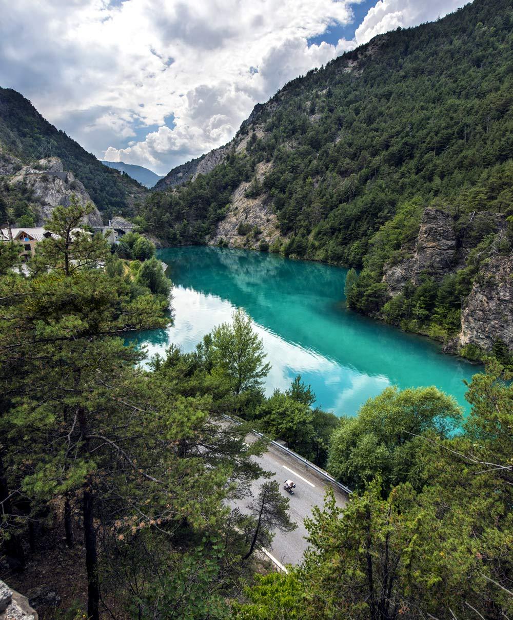 nice-turq-lake.jpg