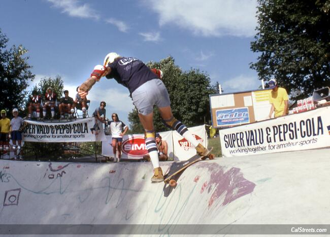 north-van-can-am-bowl-competition-gands-tight.jpg