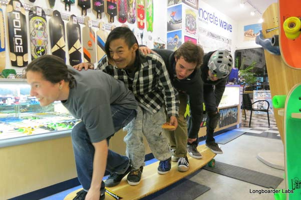 speed-train-on-the-hamboard-in-shop.jpg