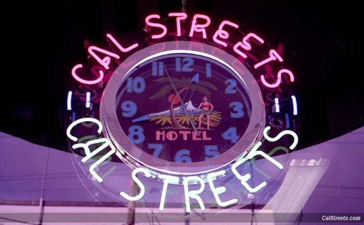 cal_streets_92_lonsdale_clock_neon_sign-2025