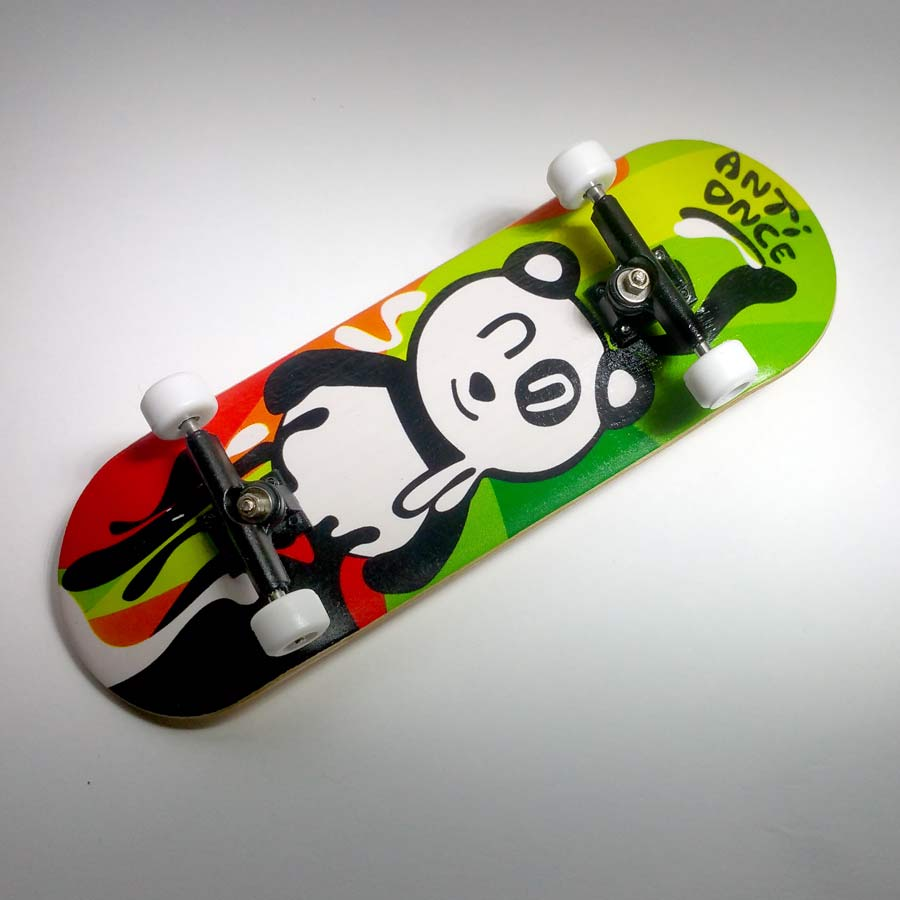 ANTI ONCE 33MM Fingerboards PANDA MELT Complete W/ LOCNUTS
